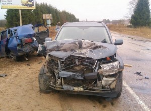 Автоавария на дороге в Осташков.