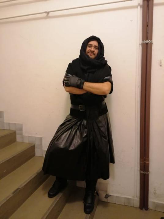 Kalózként az Olasz nő Algírban című darabban