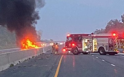Disturbing Fire & Deaths in Crash on Hwy 427 In Toronto