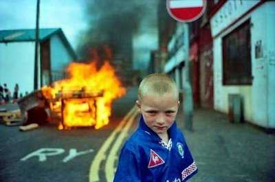 demonstration picture with boy and fire