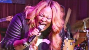 DOWNLOAD MP3: Tasha Cobbs – For Your Glory