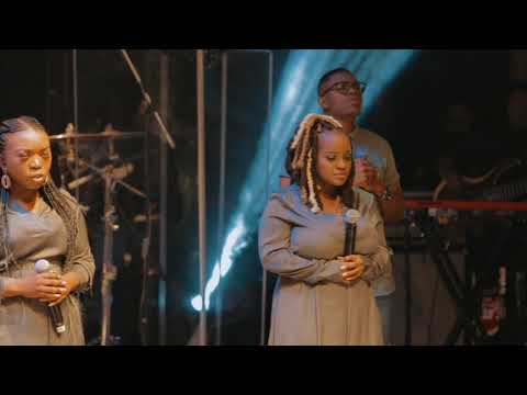 DOWNLOAD MP3: Ayanda Ntanzi – Ukhrestu Uyinkosi