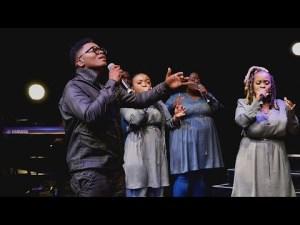 DOWNLOAD MP3: Ayanda Ntanzi – Ngiyathandwa
