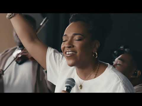 Israel & New Breed - Here I Am To Worship
