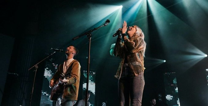 JESUS CULTURE FT. KATIE TORWALT– GOLD