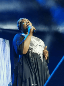 Lebo Sekgobela – Sithi Bayede Mp3 Download