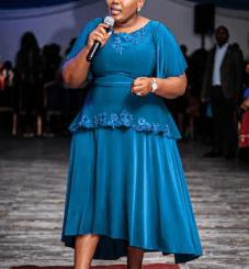 Lebo Sekgobela – Praise Him Mp3 download