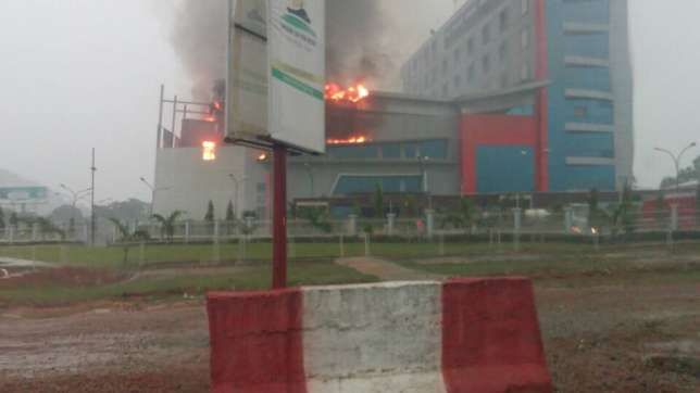 House-On-The-Rock-Abuja-on-fire.jpg