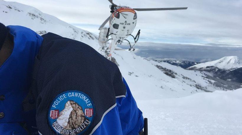 Ελβετία: Χιονοστιβάδα παρέσυρε τουλάχιστον 12 ορειβάτες – Δύο σοβαρά τραυματίες
