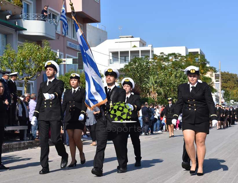 Με τη μαθητική παρέλαση κορυφώθηκαν οι εκδηλώσεις για την 28η Οκτωβρίου στην Πρέβεζα (φώτο)