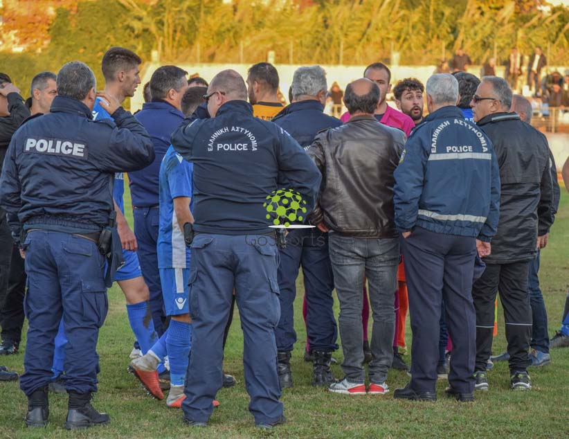 Εικόνες ντροπής στο σημερινό ματς ανάμεσα σε ΠΑΣ Πρέβεζα και Αχέρων Καναλακίου