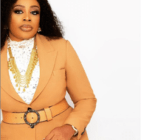 SINACH SHARES VIDEO SINGING WAYMAKER WITH FOREIGN ARTISTS