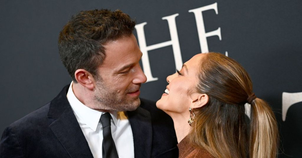 Jennifer Lopez and Ben Affleck have pure love in their eyes at The Last Duel premiere