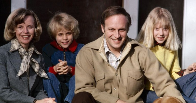 Liz Cheney, Mary Cheney and their parents