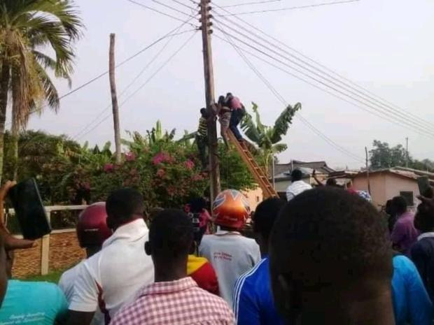 man electrocuted to death on a light pole at Kpando in Volta Region