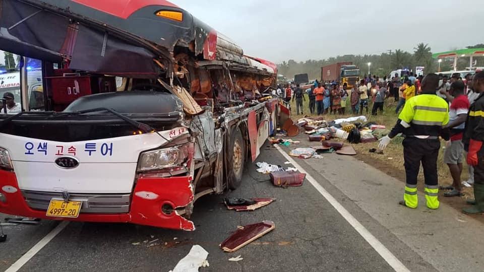 20 die in fresh Accra-Kumasi road accident