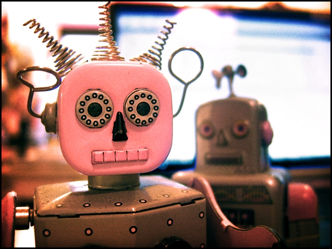 robot-pink&wiry