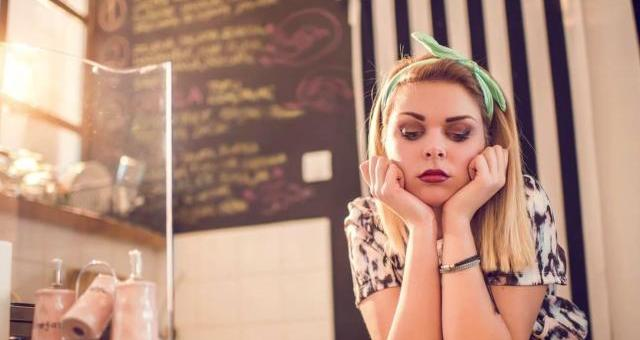 10 Troubling Habits of Chronically Unhappy People and How to Avoid Them