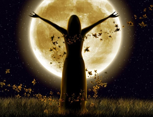 5-ways-to-use-the-strong-energy-of-the-full-moon-two-days-before-and-after-it