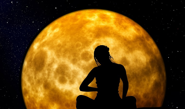 This is How The Moon Affects Our Subconscious