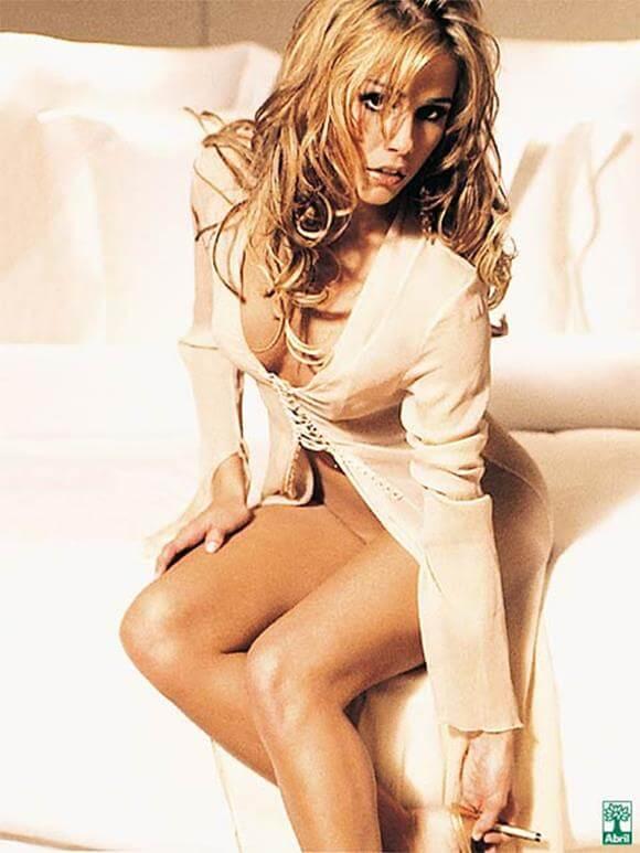 deborah secco nua na Playboy