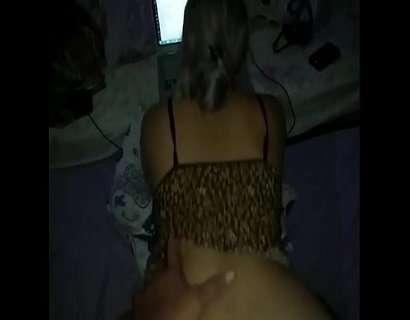 Comeu a morena gostosa de quatro na live do sexo amador