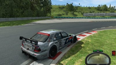 Georgi setting fast laps in the DTM competition