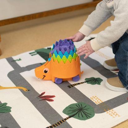 Fat Brain Toy: Juguete – Hiding Hedgehog Erizos Apilables (SOBRE PEDIDO)