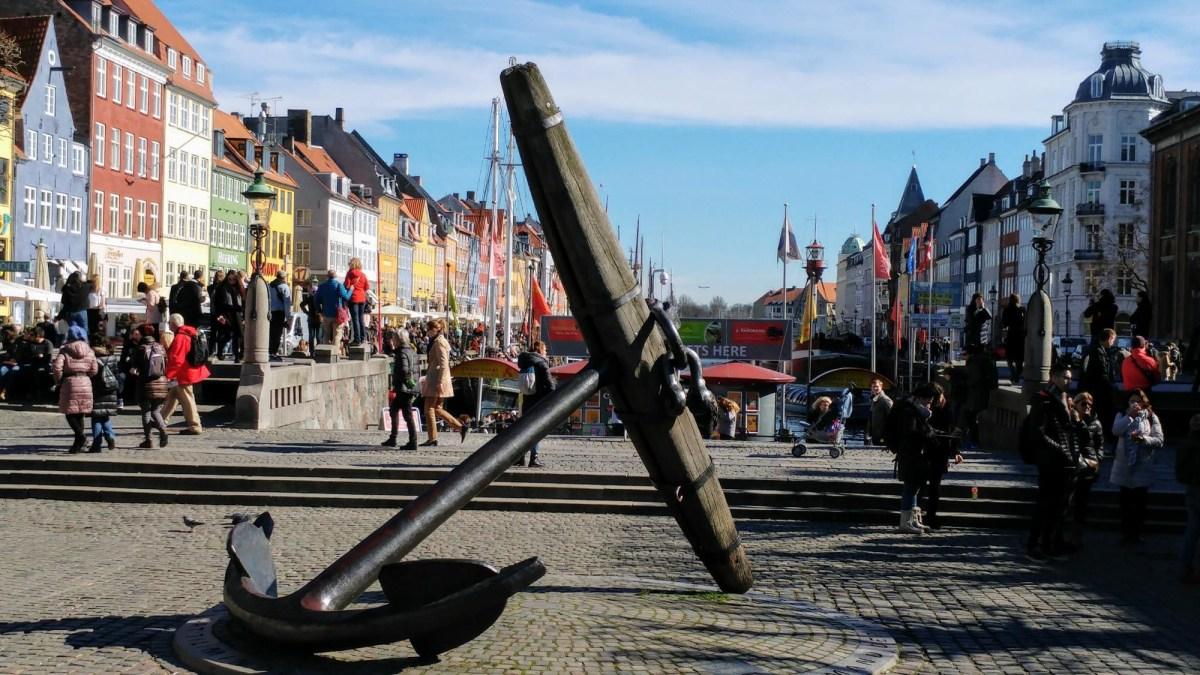 Copenhagen: Copenhagen: Visit the Nyhavn