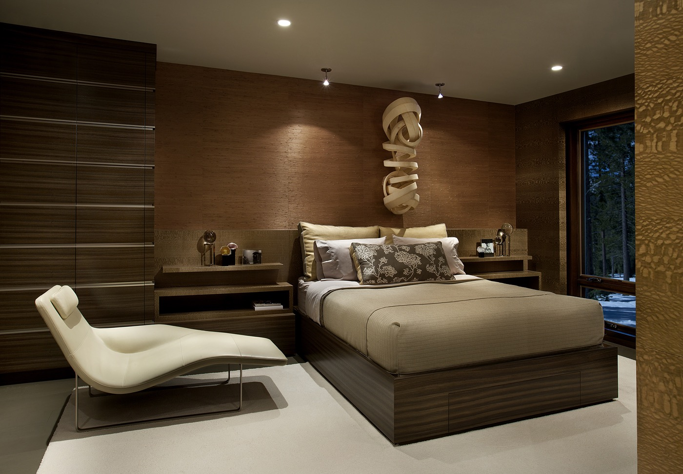 Modern Bedroom Decor In Comfortable Nuance #16733