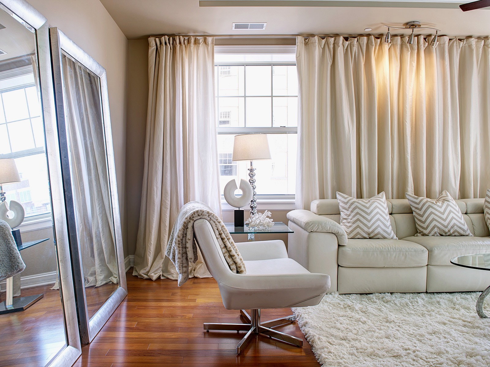 Beautiful Curtains Ideas For Living Room 16245