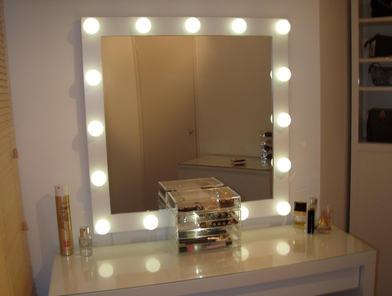 20+ Mirrors For Dressing Rooms