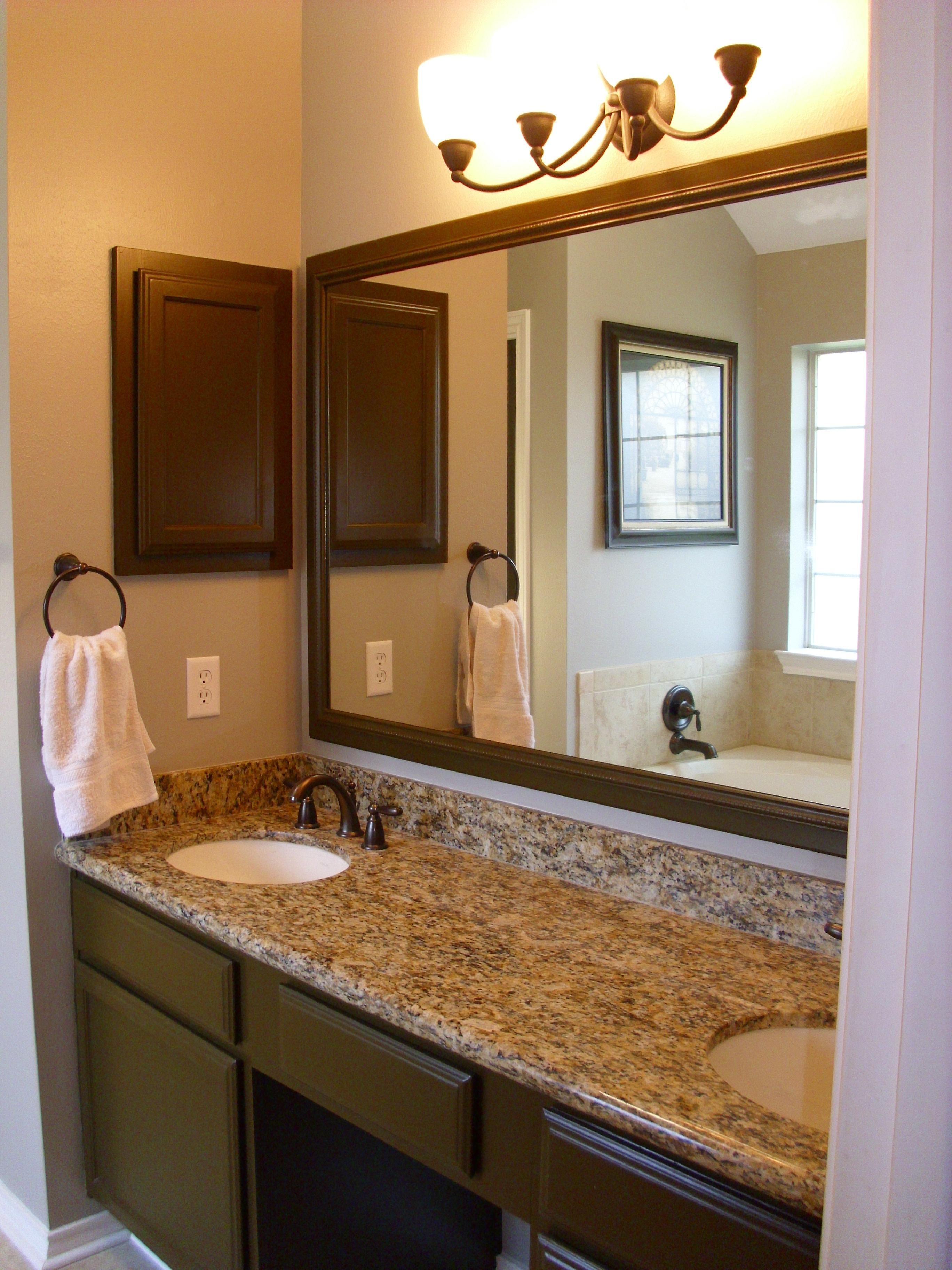 20 Bathroom Mirrors Ideas With Vanity