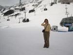 雪の上で記念写真