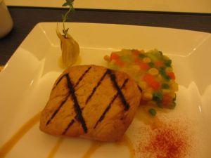 チキンガーリックグリル ミックス野菜のパベ仕立て