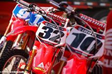 2012 Muscle Milk Honda Pits (RacerX-Cudby Photo)
