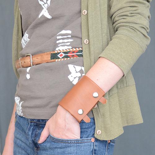 isly-fashion-western-leather-cuff-handmade-thrifted-refashioned-6