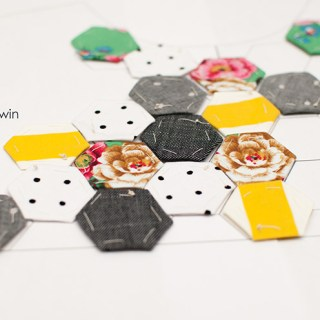 Learn the technique of English paper piecing with this tutorial by Shwin & Shwin - Sewtorial
