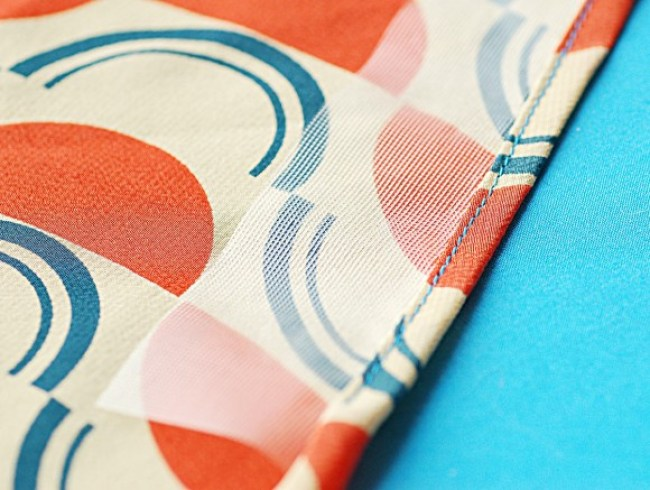 Learn how to create a narrow hem with stabilizer in this easy tutorial, by Oliver + S. -Sewtorial