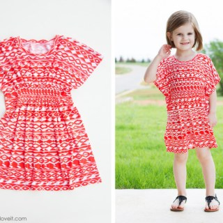 """The Butterfly Sleeve Tunic for girls (and women) by Make It Love It is an """"easy sew"""" that only takes about 45 minutes. Yay! - Sewtorial"""