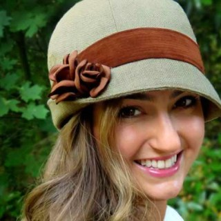 """The vintage inspired hat by Elsewhen is a classic design that's easy to transform with a change of fabric. (Hat Sizes 19""""-25"""") -Sewtorial"""