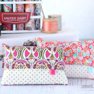 These Liberty Tissue Covers by A Spoonful of Sugar are a beautiful way to carry tissue packs. With these you'll want to offer EVERYONE a tissue. -Sewtorial