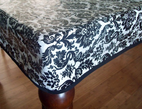 Vinyl Tablecloth Tutorial