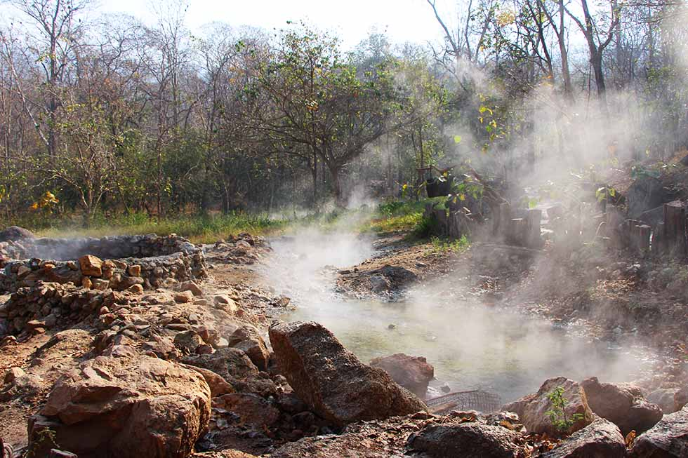 A lot of steam - Ta Pai Hot Spring in Pai