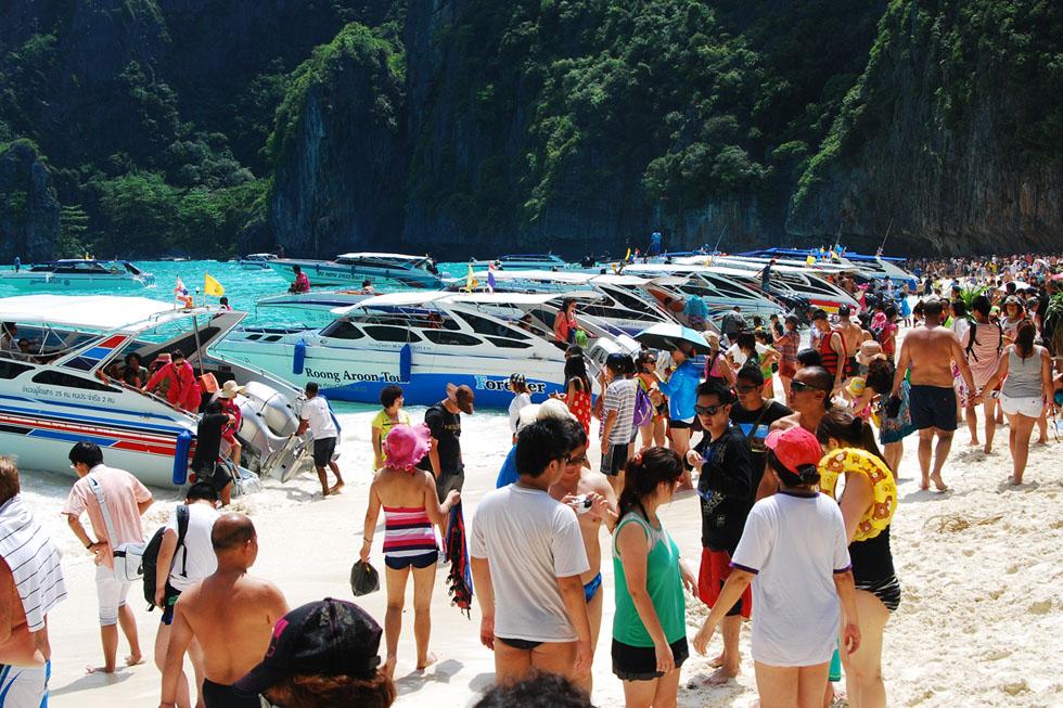 Crowds at Maya Bay