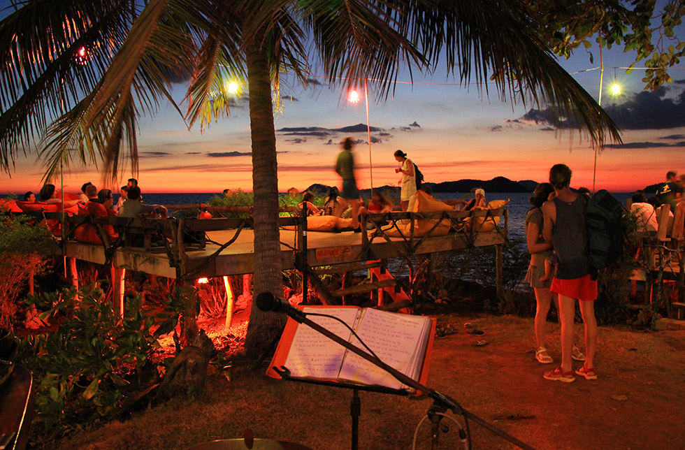 Banana Sunset Bar in Koh Mak