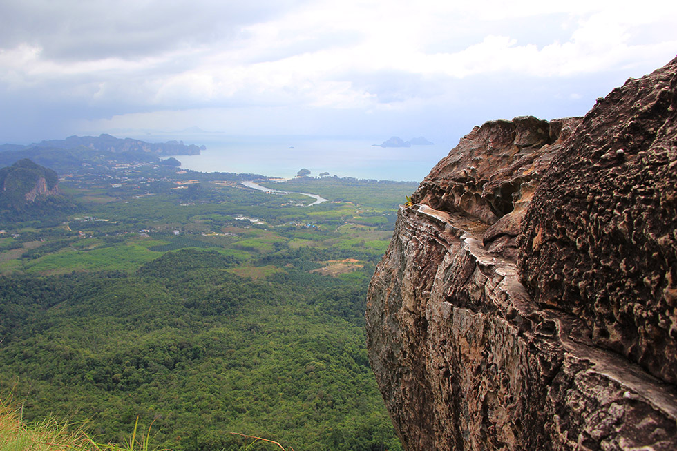 Khao Ngon Nak Viewpoint in Krabi
