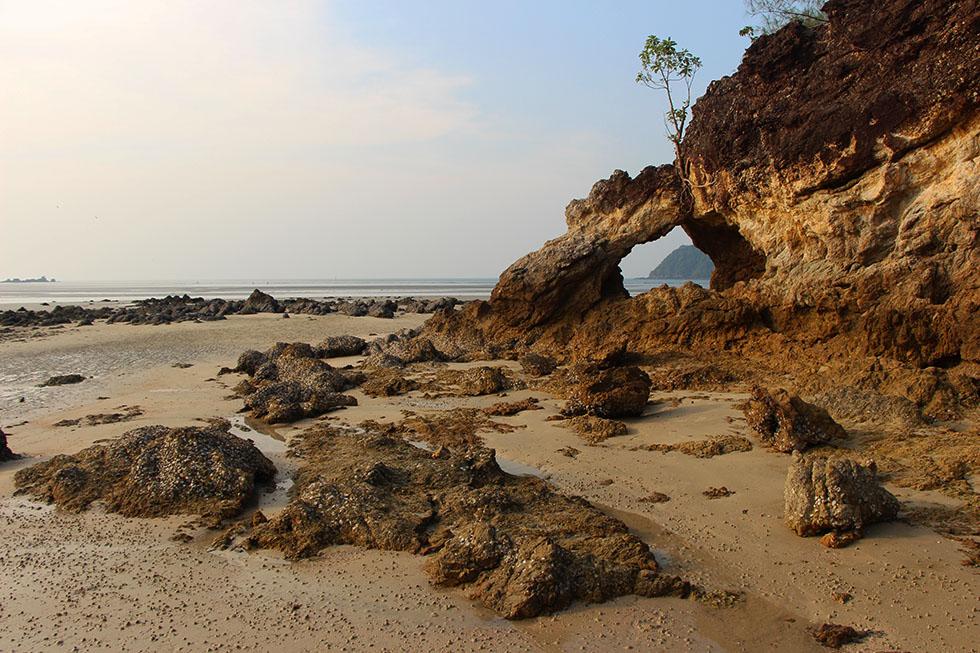 Impressive rock formations Koh Phayam