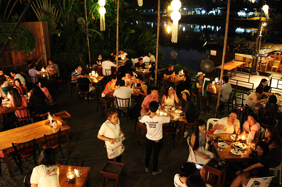 Riverside Bar and Restaurant in Chiang Mai