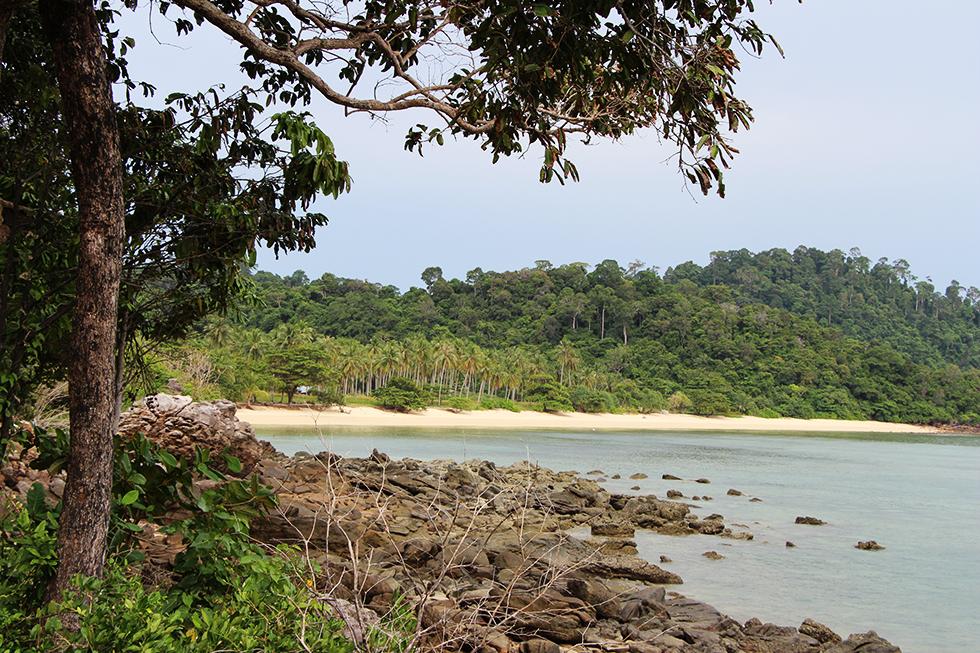A deserted beach on Koh Ngai